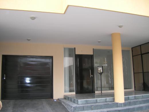 Alquiler de Cochera en Saenz Peña   Tres De Febrero