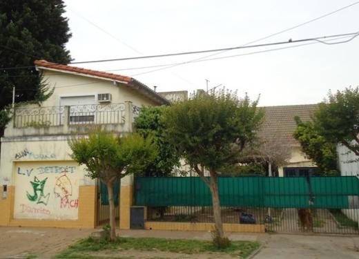 Venta de Chalet en Quilmes   Quilmes