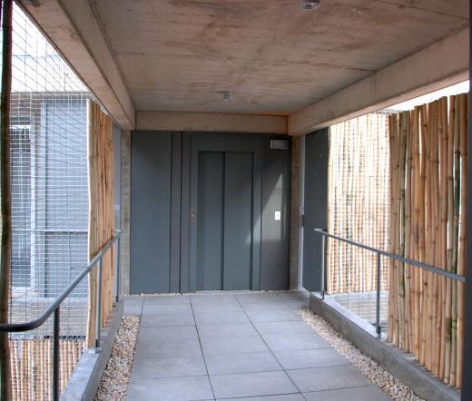 2H , Venta de Duplex en    Saavedra