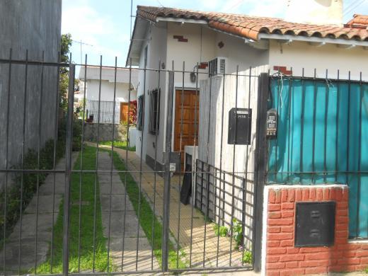 Venta de Ph 3 ambientes en San Isidro Martínez