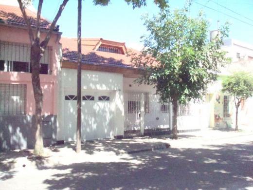 Venta de Casa 3 ambientes en Villa Real
