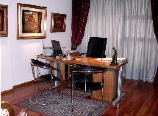Alquiler de Oficina Más de 100 mts. en Barrio Norte
