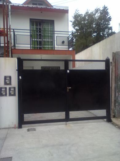 Venta de Duplex en Derqui   Pilar