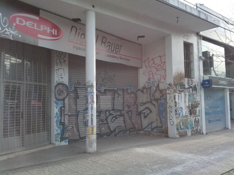 Alquiler de Local Entre 30 y 60 mts. en Morón Castelar