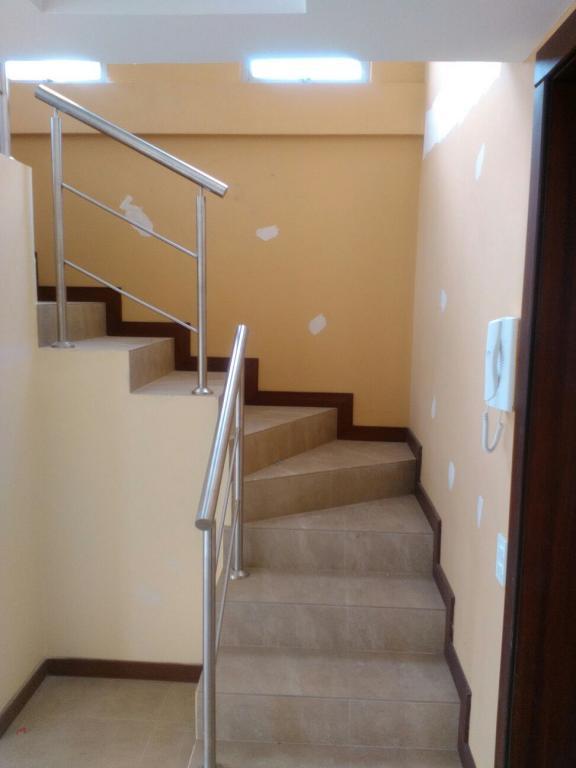 MALDONADO CABEZAS HERMANOS, Venta de Casa en Conocoto   Quito