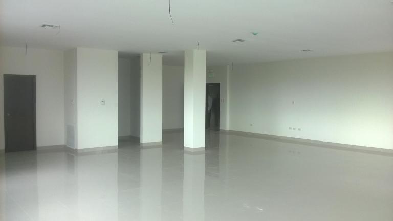 Inmobiliaria Caracol, Venta de Oficina en Norte   Guayaquil