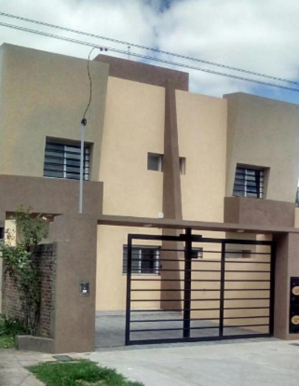 Venta de Duplex 4 ambientes en Luján Luján