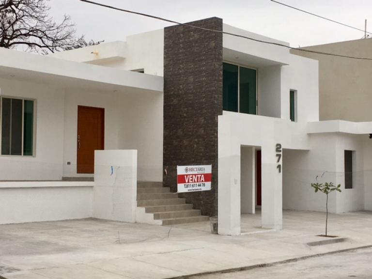 HECTAREA Bienes Inmuebles, Venta de Casa en Contry   Monterrey Foto2