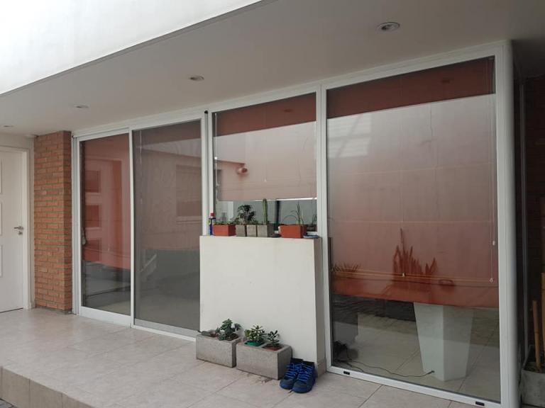 Venta de Chalet 5 o mas ambientes en Villa Real
