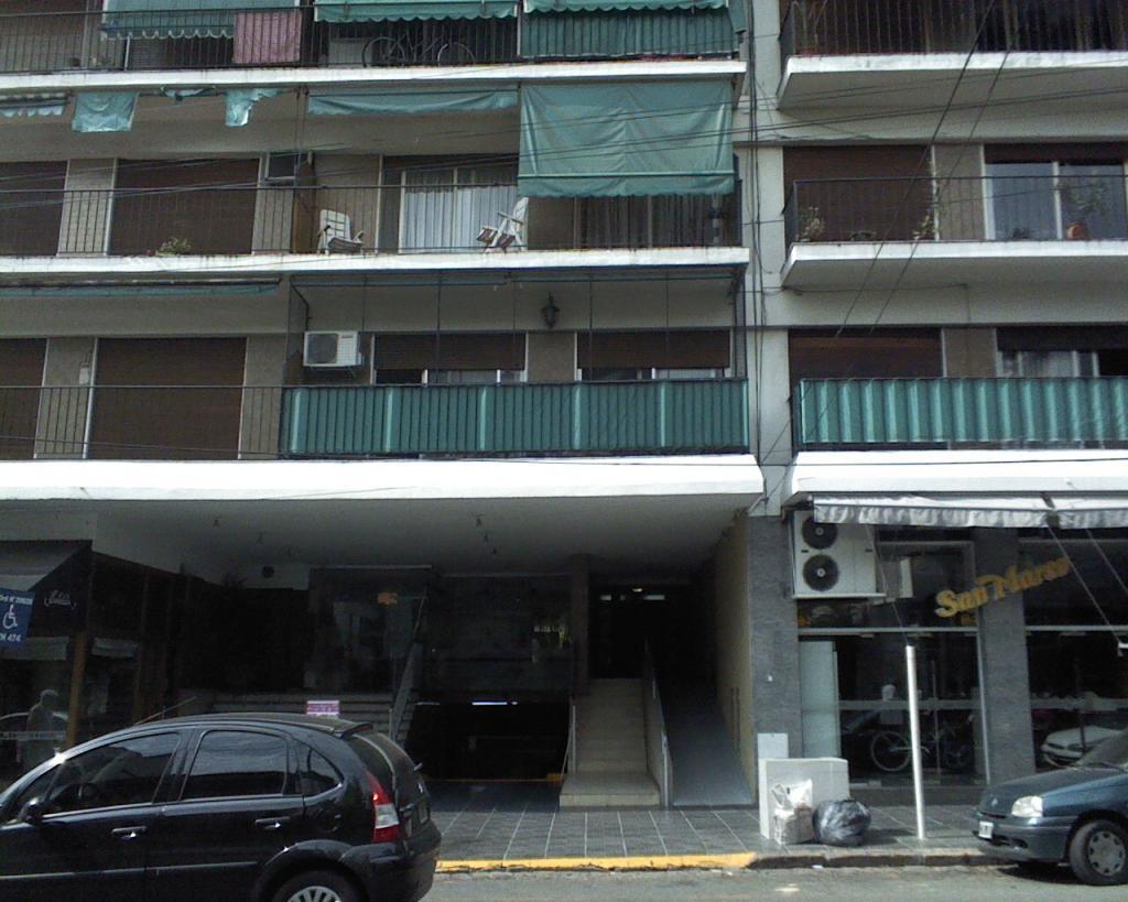 Venta de Departamento 3 ambientes en Vicente López Olivos