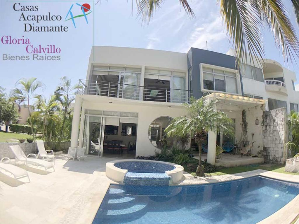 Alquiler Temporal de Casa 5 o mas ambientes en Acapulco Fraccionamiento Playa Diamante