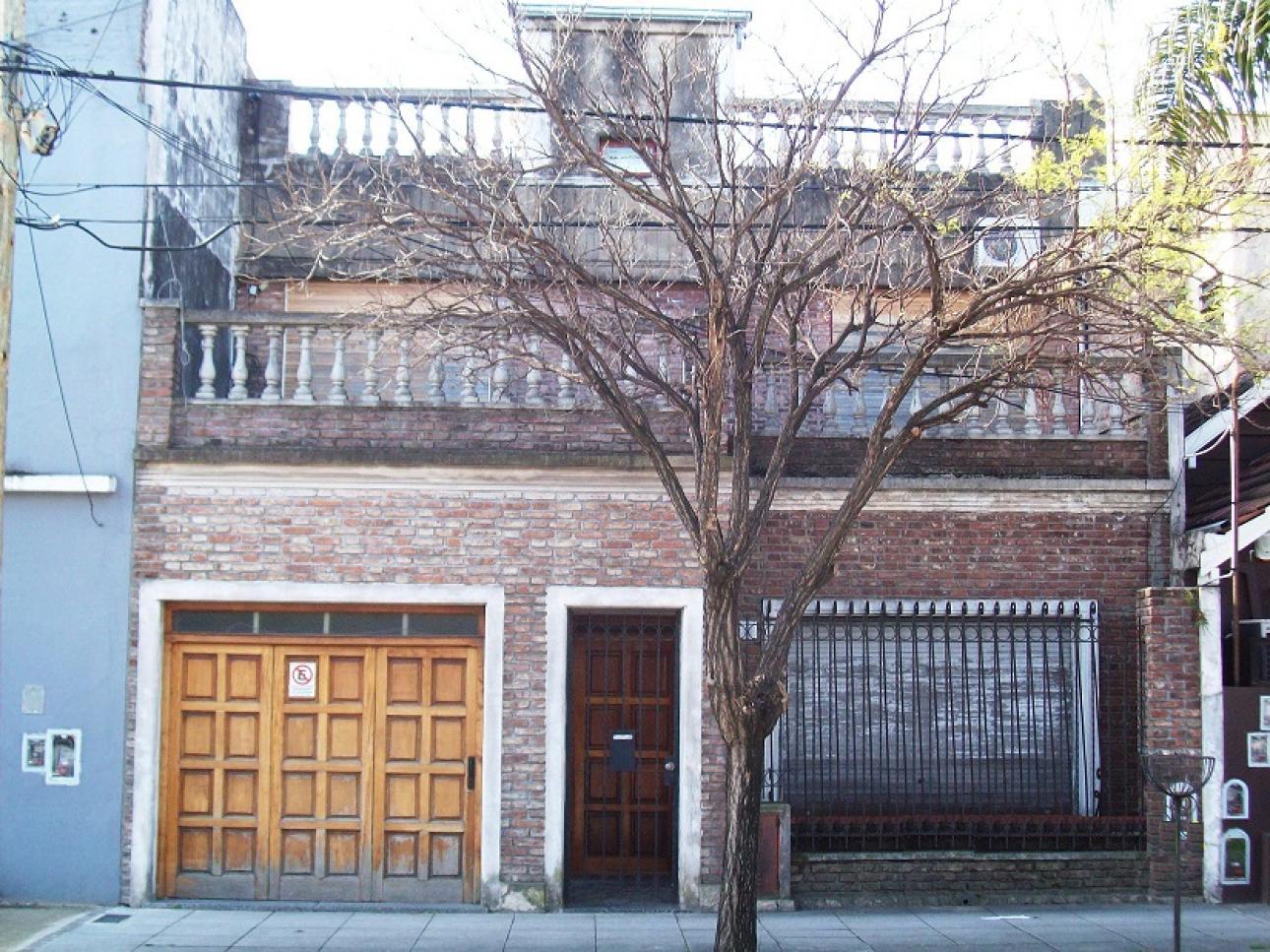 Venta de Casa 5 o mas ambientes en General San Martín Lourdes