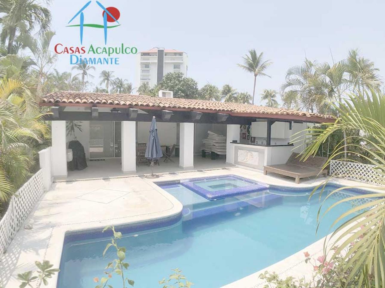 Venta de Casa 4 o mas recamaras en Acapulco Granjas del Marqués