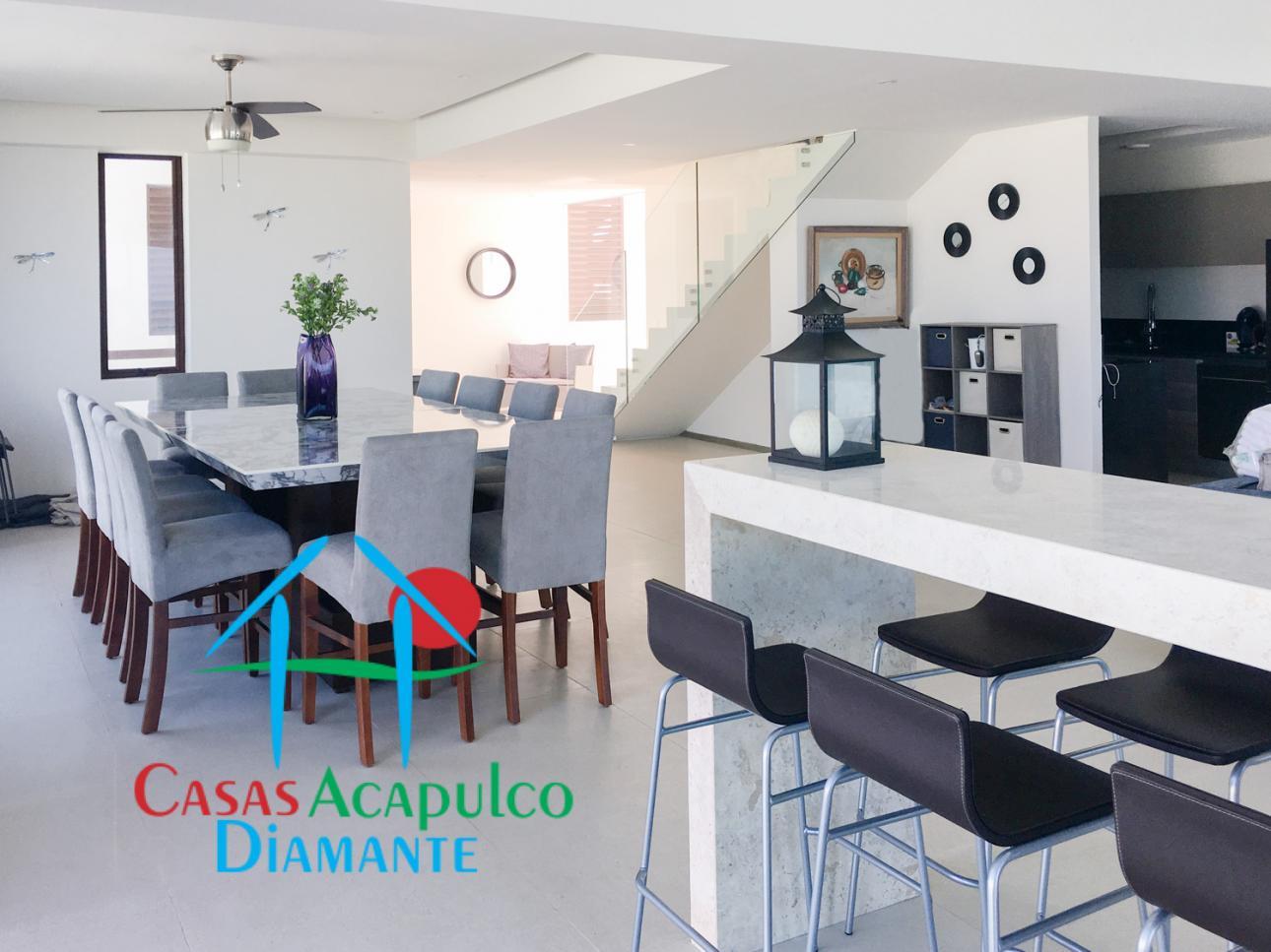 Venta de Departamento 4 o mas recamaras en Acapulco Fraccionamiento Playa Diamante