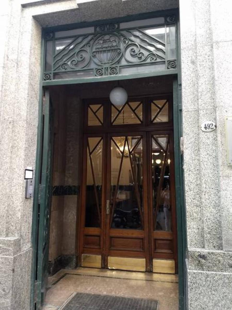 Alquiler de Oficina Más de 100 mts. en San Nicolás