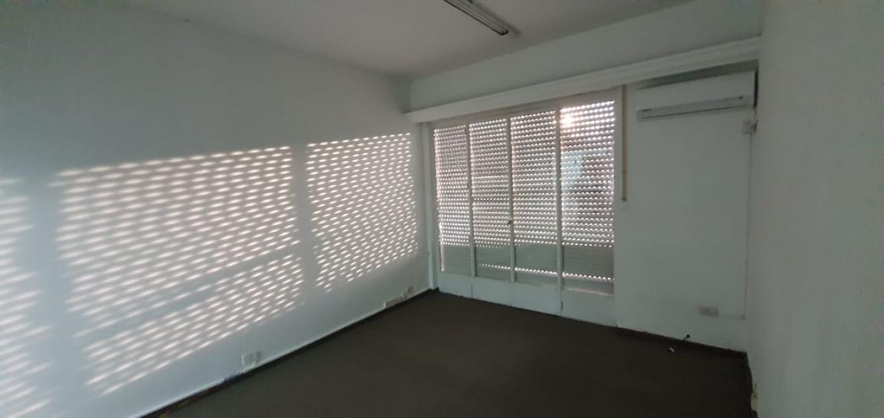 Alquiler de Oficina 60 a 100 mts. en Centro / Microcentro