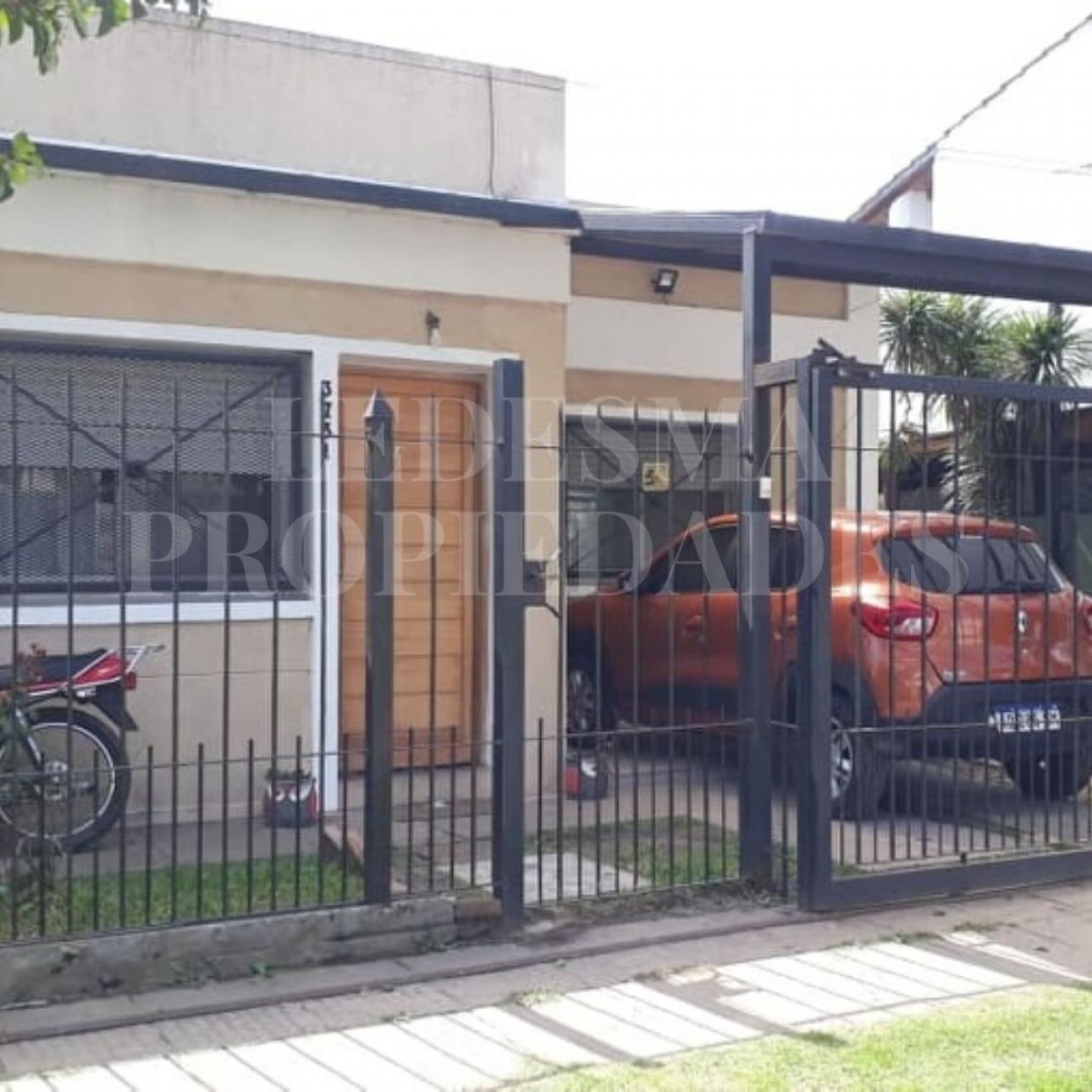 Venta de Casa 3 ambientes en Morón Castelar