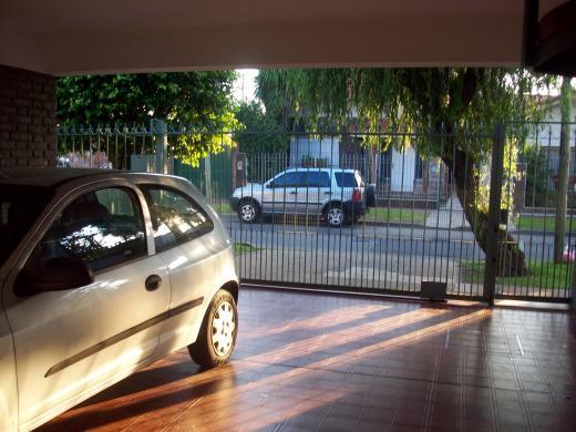 Chalet en Venta en Carapachay   Vicente López