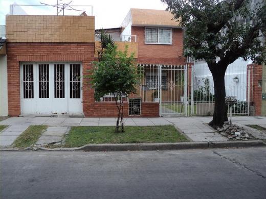 Venta de Casa 5 o mas ambientes en Tres De Febrero Ciudadela