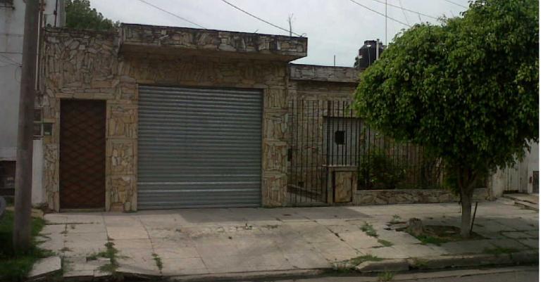 Venta de Casa 3 ambientes en Tres De Febrero Pablo Podesta