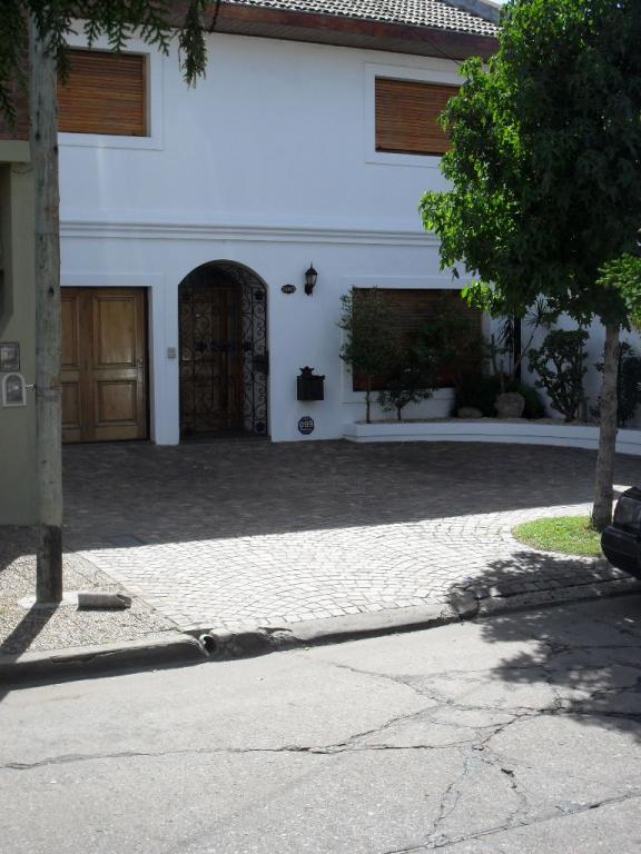 Venta de Chalet 4 ambientes en Vicente López Carapachay