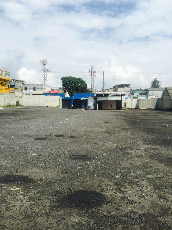 Independiente,  de Campo en Zona 9   Ciudad de Guatemala