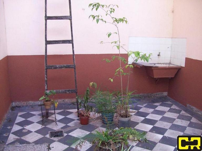 Venta de Casa 5 o mas ambientes en Flores