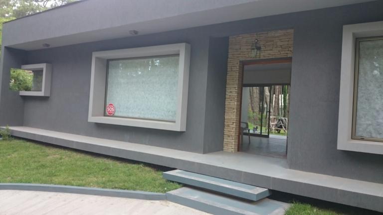 Venta de Casa 4 ambientes en Cariló