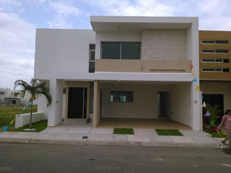 Venta de Casa 3 ambientes en Boca del Río Colonia Lomas Del Mar