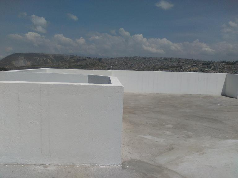 MALDONADO CABEZAS HERMANOS,  de Casa en Norte   Quito
