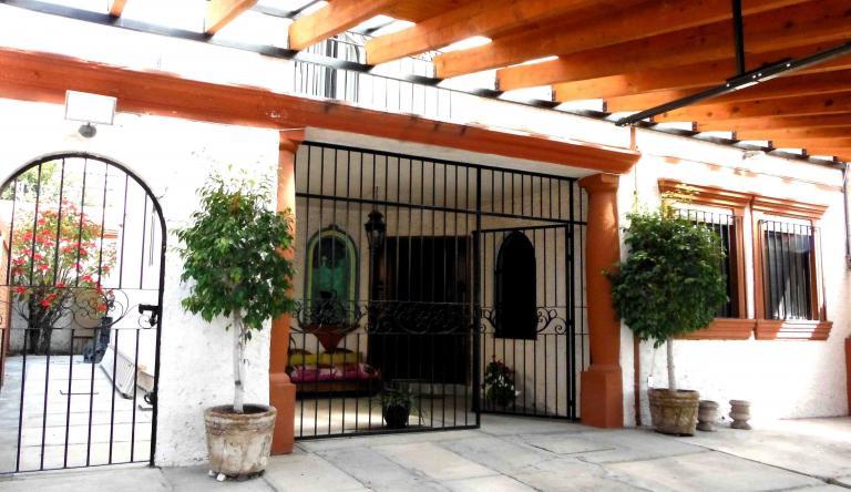 Venta de Casa 2 ambientes en Querétaro Fraccionamiento Villas del Parque