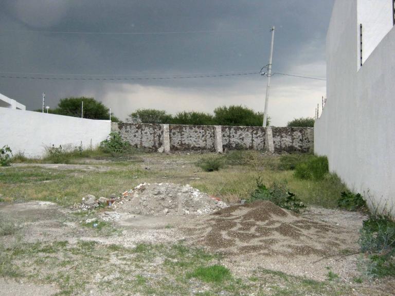 Venta de Lote De 300 a 500 mts. en Querétaro Colonia Juriquilla