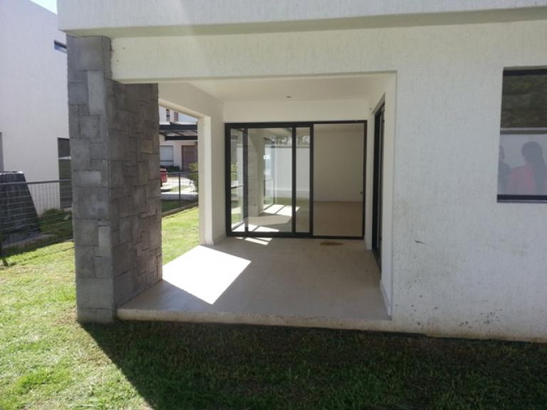 Venta de Casa 5 o mas ambientes en Quito Cumbayá