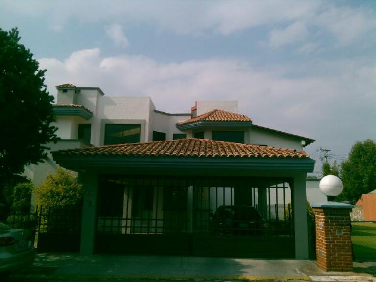 Venta de Casa 1 ambiente en Puebla Colonia Arboledas Sección Fuentes