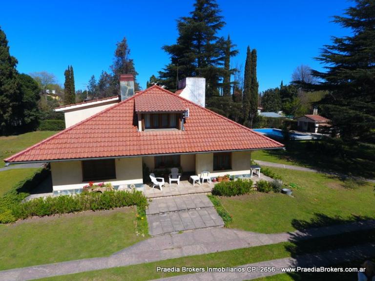 Venta de Casa 5 o mas ambientes en Villa General Belgrano