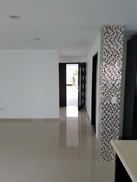 Venta de Casa 5 o mas ambientes en Puebla Colonia Santa María la Rivera