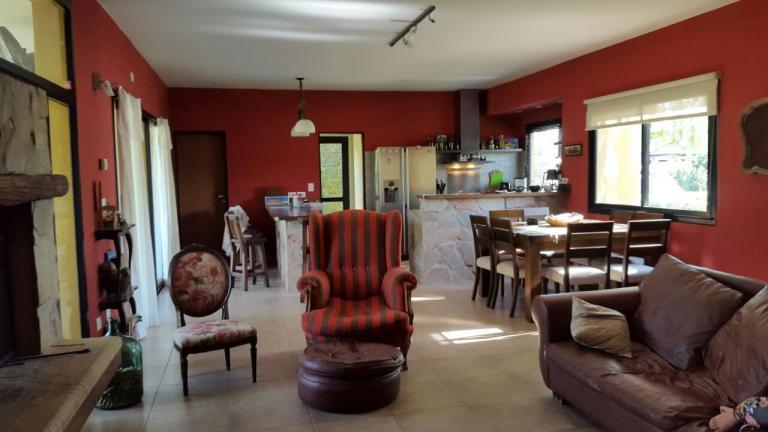 Venta de Casas en Countries y B.cerrados en    Esteban Echeverría