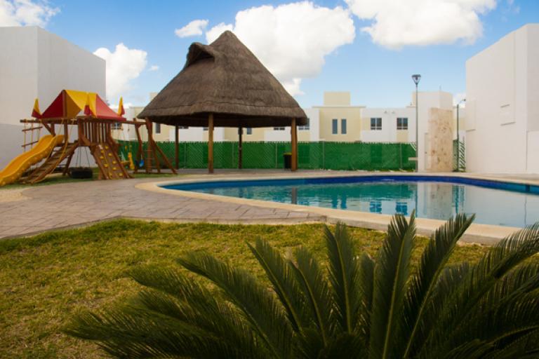 Alquiler de Casa 3 ambientes en Playa del Carmen  Solidaridad