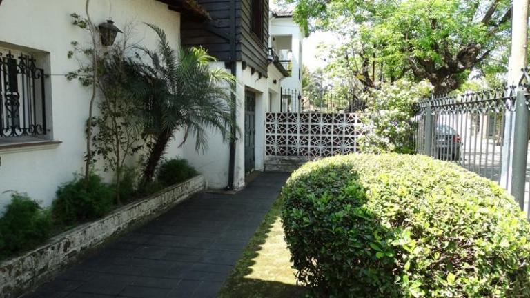 Chalet en ciudad jard n cod ma 07 tresdefebreroinmuebles for Boulevard inmobiliaria ciudad jardin