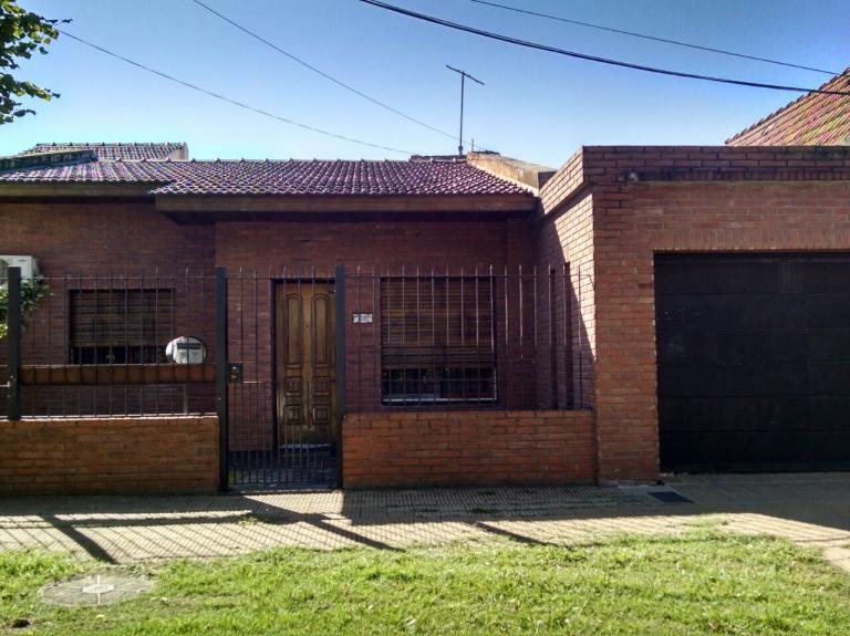 Casa 3 amb s miguel angel al 5000 lote 10 62x33 45 for Jardin hormiguita viajera villa bosch