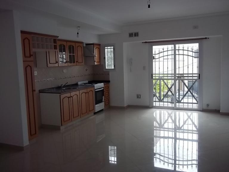 Alquiler de Departamento 2 ambientes en La Matanza Ramos Mejía
