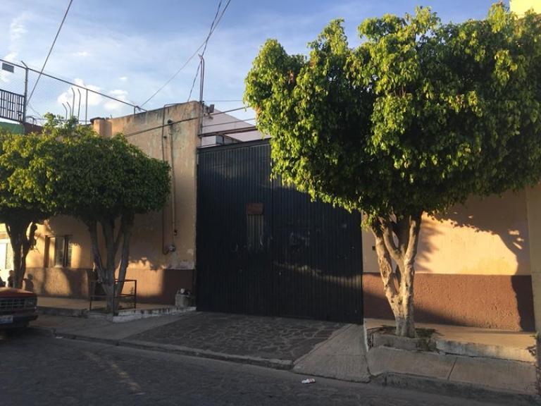 Venta de Galpón en Unidad habitacional Tetlán II   Guadalajara