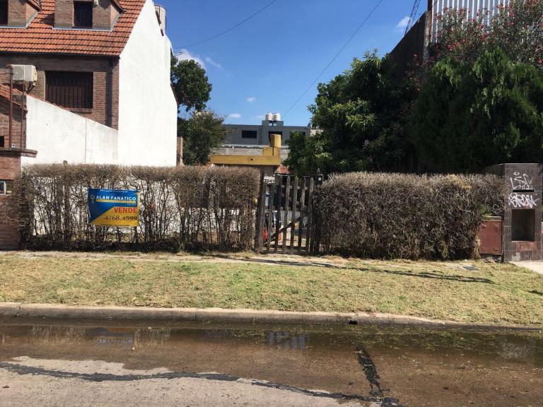 Venta de Lote De 300 a 500 mts. en San Isidro Villa Adelina