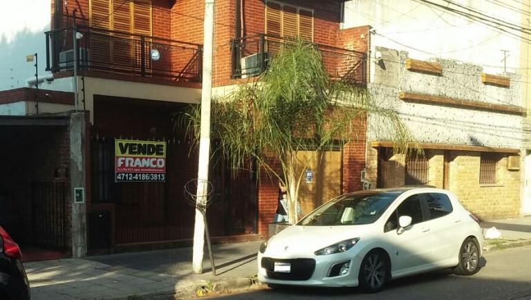 Venta de Casa en Santos Lugares   Tres De Febrero
