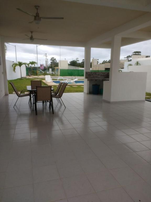 S.R. CANCUN INMOBILIARIA,  de Casa en Colonia Supermanzana 317   Cancún