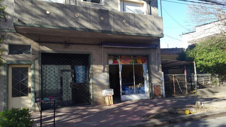 Local en Venta en Santos Lugares   Tres De Febrero