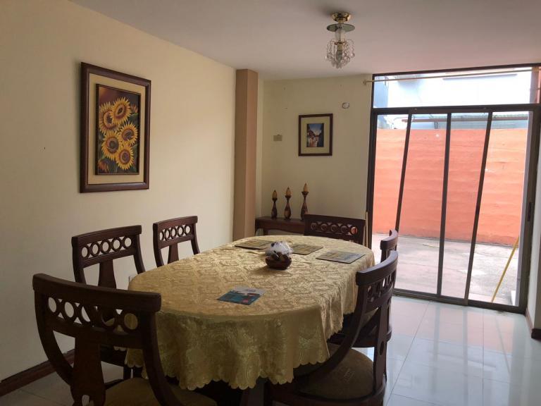 Venta de Casa en Samborondón   Guayaquil
