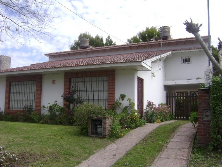 Venta de Casa 5 o mas ambientes en Santa Clara del Mar Norte