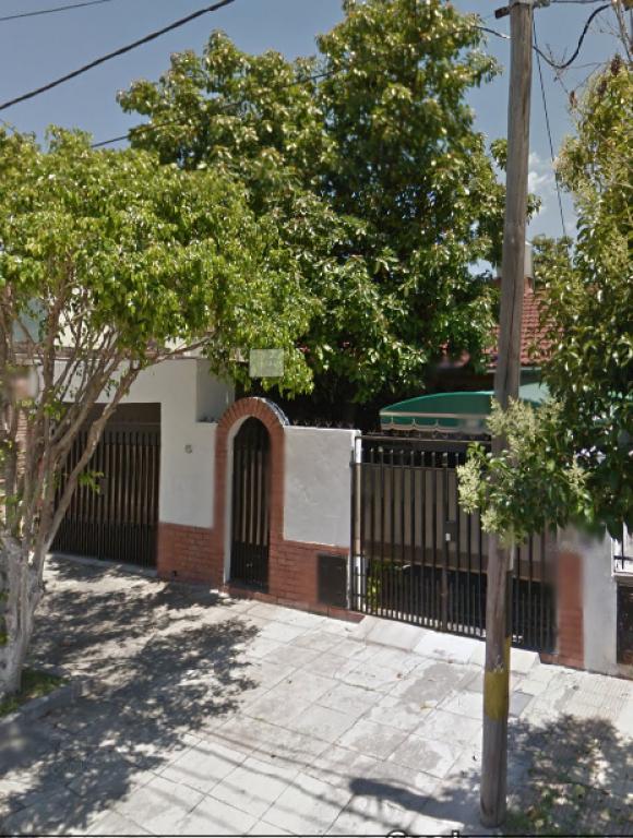 Venta de Casa 3 ambientes en La Matanza Isidro Casanova