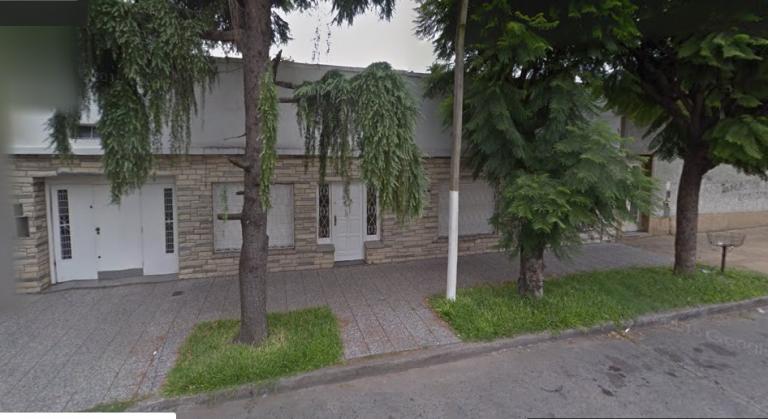 Venta de Casa 3 ambientes en Tres De Febrero Santos Lugares